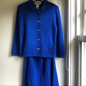 **HOST PICK** Vintage Skirt Suit